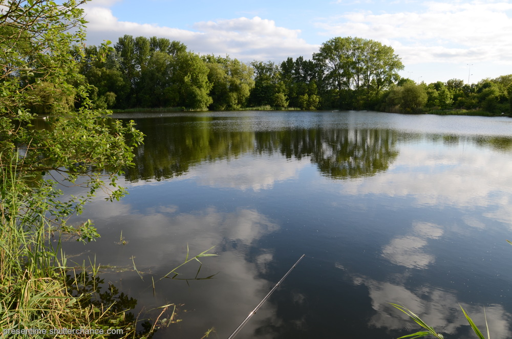 photoblog image Wraysbury Lake (2)